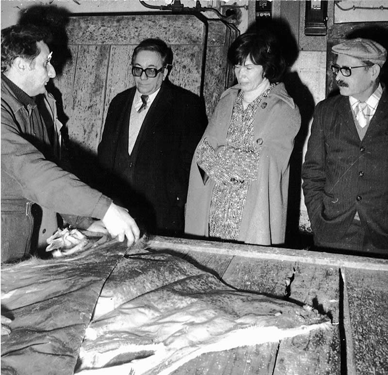 1976-Visite-Mme-Mitterrand